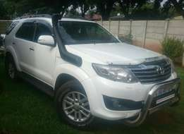 2012 toyota fortuner 4.0 automatic 4*4