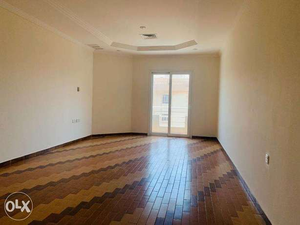 Apartment now available in Shaab Located in the high way