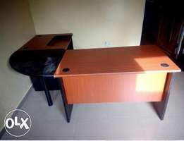 YZ Office Exotic C-Top Manager's Table (New)