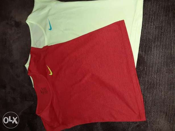 Nike T-shirt for girls original size S (red/yellow)