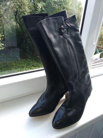 Чоботи зимові шкіряні жіночі 37 розмір  400 грн. - Жіноче взуття ... 0e804ffb04c75