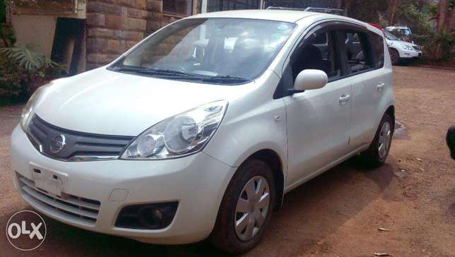 Nissan Note 2010 Pearl white, just arrived Westlands - image 3
