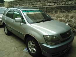 Clean and Well Maintained Toyota Harrier Old Shape With Sunroof