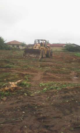 An Acre of land along Benin garage Road, Akure with C of O FOR SALE Akure South - image 2