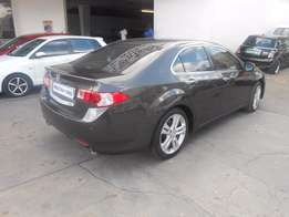 2011 Honda Accord 2,4 Auto Sunroof,Leather Interior