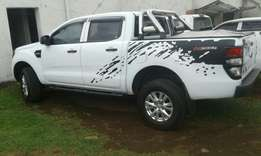 2015 Ford ranger 2.2 , 6 speed doublecab, 13000 km for R255000