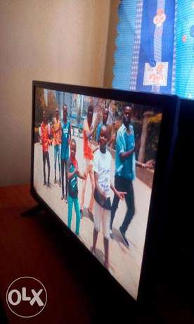 Bruhm 24 inch high definition television for only 9999 Nairobi CBD - image 4