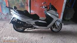 Neatly used kymco xciting 250 for quick sale
