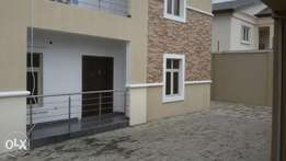 Cool Self Contain 4 Rent in Lekki Phase 1 (maruwa) for 550k