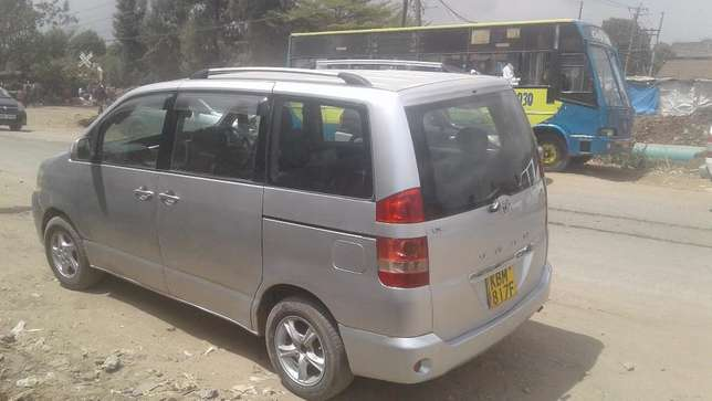 Toyota Noah- Excellent Condition Embakasi - image 2