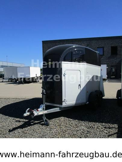 Humbaur Xanthos Pferdeanhänger Aero 2700 S