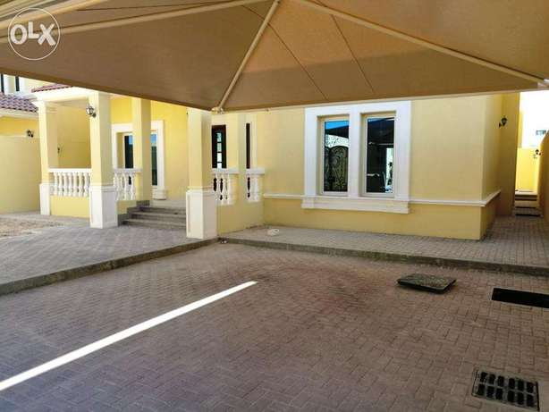 4 Bed out house big stand alone villa for rent in Duhail area