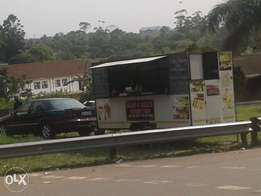 Fully equiped food trailer