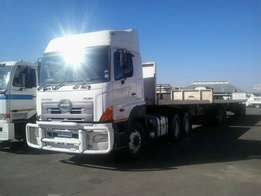 Toyota Hino 700 Horse and Trailer For Sale