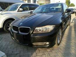 BMW 320i 2010 model KCM number. Loaded with alloy rims , navigation