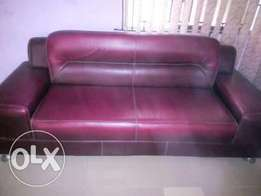 neatly used 7 seater leather upholstery