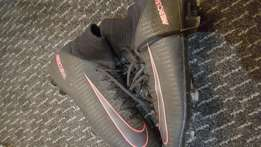 Soccer togs nike mercurial like new for sale uk4