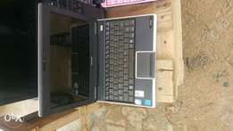 London used Toshiba laptop 120gb 1gb double cell battery 4hrs