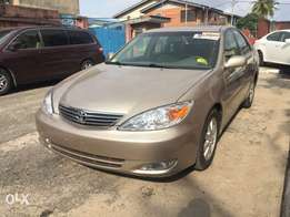 Tincan cleared tokunbo toyota camry 04 xle