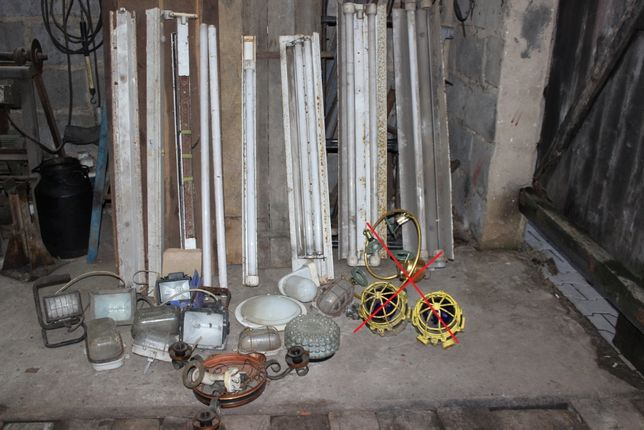 Sprzedam Lampy Do Piwnicy Obory Garażu Przecław Olxpl