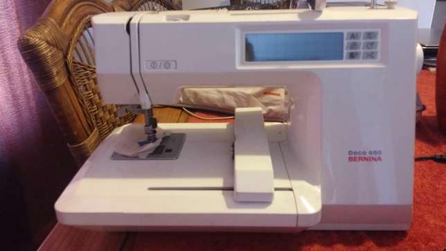 Bernina Embroidery Machine Magalieskruin - image 2
