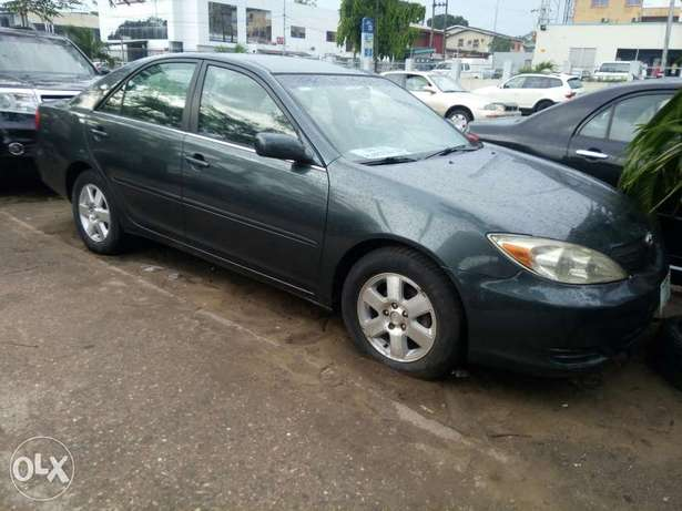 Few Months Used 2003 Toyota Camry LE For N1.4M Amuwo Odofin - image 1