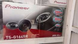 """Sony or pioneer 6""""speakers plus installation at only 3000"""