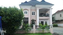 5 bedroom detach house with penthouse for sale in Carlton Gate, Lekki