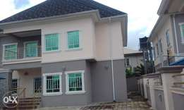 Newly built 5 bedroom duplex in an Estate close to ojukwu library