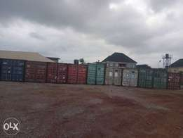 300 pieces of 40ft container for sale in Warri