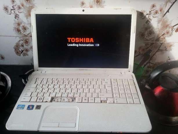 Toshiba Core i5 Laptop. Great opportunity for a good device LAGOS ONLY Lagos Mainland - image 1