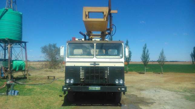 Drill Rig for for sale. Water Boreholes Hebron - image 5