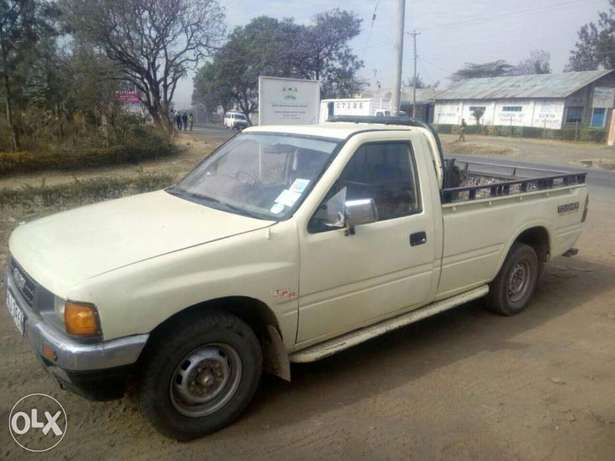 Isuzu tougher Nakuru East - image 3