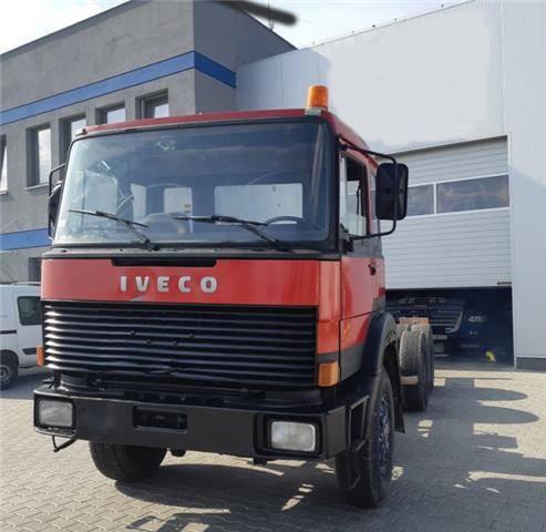 Iveco Magirus 330