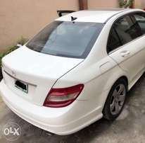 Very Neat Registered 2009 Upgraded to 2012 C300