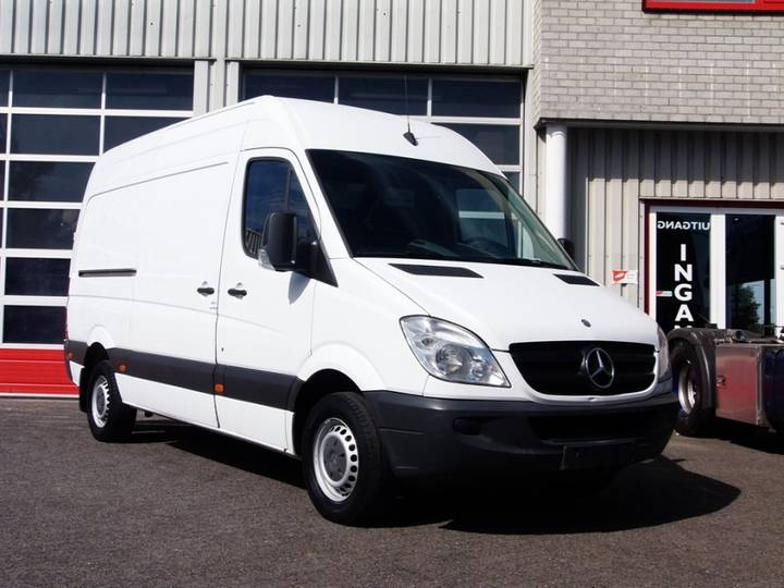 Mercedes-Benz SPRINTER 313CDI L2H2 - 2011