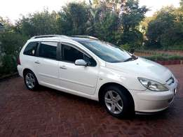 Staion Wagon 307 Peugeot For Sale!