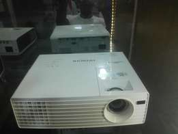 DLP Hitachi projector