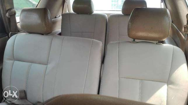 Toyota picnic super clean 7seater auto buy and drive 2000cc Hurlingham - image 7