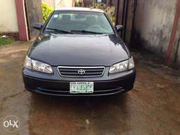 Clean Registered Toyota Camry drop light 2001