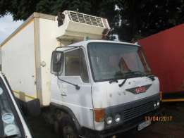 1985 Hino 4 Ton Closed Body Fridge Truck