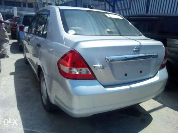 Nissan Tiida latio Arrived now model 2010 Mombasa Island - image 3
