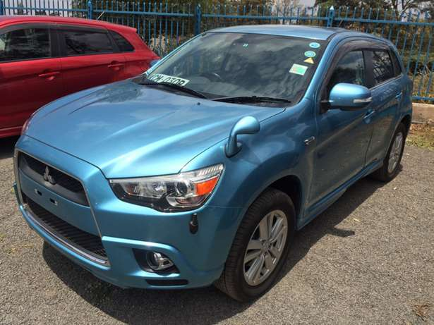 mitsubishi RVR with spare tyre Hurlingham - image 2