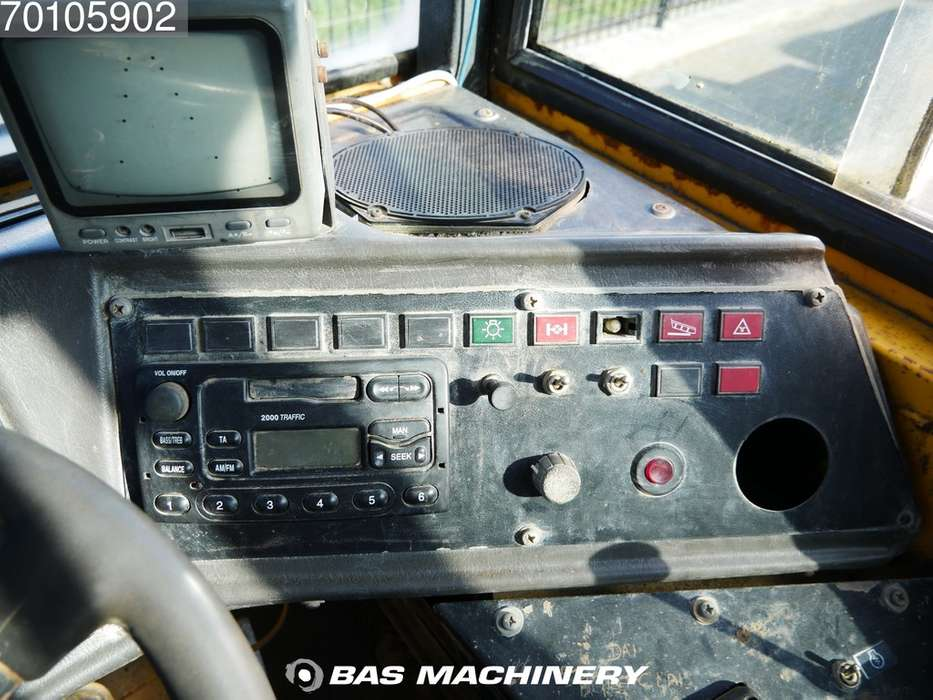 Volvo A25B Good - 1995 - image 17