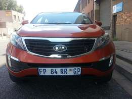 Here 2012 Kia Sportage 2.0, Excellent Condition,Full House