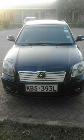 Toyota Avensis saloon well maintained on quick sell Nairobi CBD - image 1