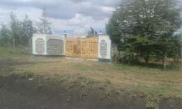 Kitengela acacia 4 acres at 10m per acre