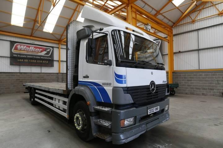 Mercedes-Benz ATEGO 1823 4 X 2, 18 TONNE FLATBED - 2002 - CE02 VWV - 2002