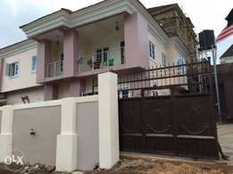 Brand new 4bedroom en-suite duplex at Golf estate in Enugu.