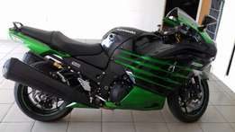 Kawasaki 1400 ZZR like new